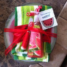 My son's teacher gave this as a thank-you gift to me for helping in her class! Very cute idea!