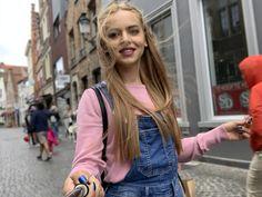 Bruges, Vest, Jackets, Fashion, Down Jackets, Moda, Fashion Styles, Fashion Illustrations, Jacket