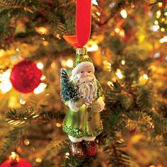 Christmas Decorating Ideas: Show Off Your Favorite Ornaments