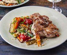 Kuřecí plátek na zelenině | Recepty Albert Pork, Meat, Bulgur, Kale Stir Fry, Pork Chops