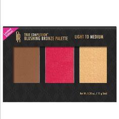 True Complexion Blushing Bronze Palette