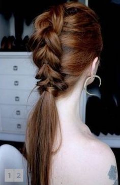 Julia Petit ensina trança falsa feita com elásticos. Beautiful Braids, Gorgeous Hair, Pretty Hairstyles, Braided Hairstyles, Hair Inspo, Hair Inspiration, Pelo Casual, Clip In Hair Extensions, How To Make Hair