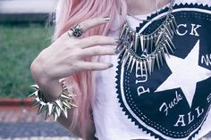 Look do Dia: A lot of Spikes