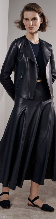 Trending 2018 Fashion - We've got for Fashion Week 2018, All Fashion, Fashion Dresses, Womens Fashion, Ralph Lauren Style, Ralph Lauren Collection, Ralph And Russo, Fashion Plates, Leather Fashion