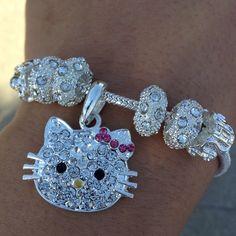 <3 hello kitty bracelet