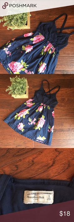 NWOT Abercrombie Floral Print Dress A&F - NWOT - Short Dress - Navy with Floral Print - Size Small - Smoke Free Home Abercrombie & Fitch Dresses Mini