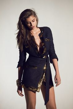 Europe Fashion Men's And Women Wears......: TAYLOR HILL SMOLDERS IN ALEXANDRE VAUTHIER'S SPRIN...