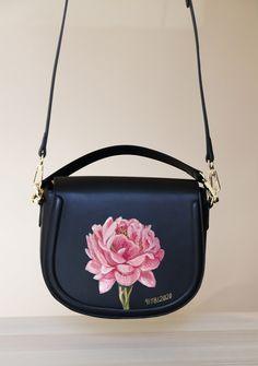 Leather Bag Pattern, Painted Bags, Flower Bag, Painting Leather, Leather Bags Handmade, Girls Bags, Custom Bags, Purses And Handbags, Monogram Shop