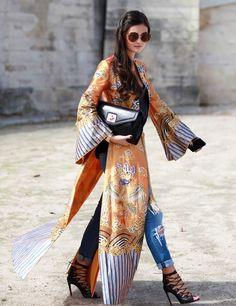 Most Popular Kimono Outfit Trends Ideas 201810 Street Style Fashion Week, Looks Street Style, Looks Style, Look Fashion, My Style, Paris Fashion, Hippie Fashion, Fashion Details, Tokyo Street Style