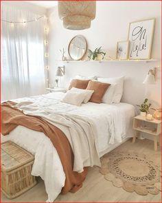 Redecorate Bedroom, Bedroom Makeover, Room Decor Bedroom, Bedroom Decor, Dorm Room Inspiration, Bedroom Design, Dorm Room Decor, Room Inspiration Bedroom, Cozy Room Decor