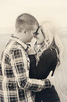Engagements, photography inspiration, https://www.facebook.com/JennyLynPhotography