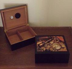 b4d68fca79722 Glossy UV Protected Vintage Nautical - Black Desktop Humidor Holds 50 Cigar