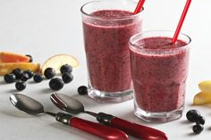 Best Smoothie to Boost Metabolism and Start Losing Fat.   Ingredients: 2 kiwi fruit 1 cup strawberries 1 apple ½ cup blueberries 2 tbsp. ground flax seeds ¼  tbsp. ginger ¼ tbsp. cinnamon ¼ cup purified water