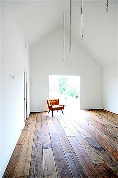 reclaimed wood floor planks. is there anything reclaimed wood doesn't make better?