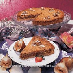 Recipe Roasted Almonds and Figs Pie - Nestle Family ME