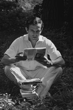 "Francois Truffaut reading Goethe, The Army Game, 1960 by Claude de Givray, François Truffaut ""Three films a day, three books a w. Joanne Woodward, Roman Polanski, Claude Lelouch, Celebrities Reading, Francois Truffaut, French Movies, Classic Movies, How To Read People, Books"