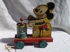 Vintage Fisher Price 476 Mickey Mouse Drummer Pull Toy