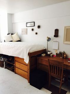 Beautiful And Minimalist Dorm Room Decoration Ideas On A Budget 43