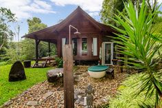 Forest Cabin Byron Bay Hinterlandhttps://www.airbnb.com.au/rooms/945947?checkin=19-05-2015&checkout=22-05-2015&guests=2&s=tc6s