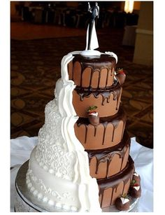 Wedding & Groom Cake in One - Wish I would have thought of this for my wedding!  Love it!!!