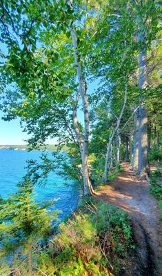 michigan hiking trails. things to do in michigan. upper peninsula, up north. midwest road trip. lake superior. national park vacation. pictured rocks national lakeshore. great lakes vacation. adventure travel vacation ideas. usa travel destinations. united states. america. Midwest Vacations, Michigan Vacations, Michigan Travel, Vacation Trips, Vacation Ideas, Vacation Spots, States America, United States, North Country Trail