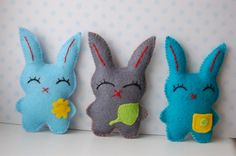 Items similar to Set of 3 Colorful Easter Bunnies plush dolls , Easter decor, cute child spring gift, stuffed animals on Etsy Easter Decor, Easter Crafts, Easter Ideas, Sewing Toys, Sewing Crafts, Kitten Toys, Easter Colors, Handmade Felt, Felt Toys