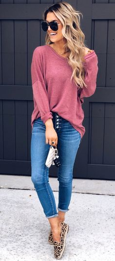 Fabulous Spring Outfits To Inspire You, SPRİNG OUTFİTS, red long-sleeved shirt and blue denim jeans. Cute Fashion, Look Fashion, Fashion Outfits, Womens Fashion, Fall Outfits, Summer Outfits, Casual Outfits, Spring Summer Fashion, Autumn Winter Fashion