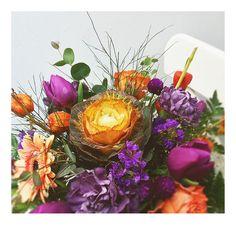 bukiet kapuściany. ogrodowo-warzywny. ostro fioletowy: z tulipanem, goździkiem, gerberą a nawet różą