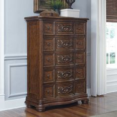 With its distinct pecan veneers and heraldic shapes, the Pulaski Cheswick 5 Drawer Chest brings grand European style to your master bedroom. 5 Drawer Chest, Chest Of Drawers, Large Furniture, Quality Furniture, Pulaski Furniture, Dresser, House Design, Master Bedroom, Home Decor
