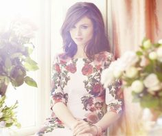 Sophie Ellis-Bextor looks gorgeous modelling the new high summer collection from Phase Eight, check out the range here Sophie Ellis Bextor, Fashion Articles, Fashion Advice, Plus Size Brands, Celebrity Portraits, Phase Eight, Bridesmaid Dresses, Wedding Dresses, Fashion Story
