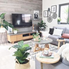 Healthy living tips wellness programs for women Small Living, Living Spaces, Interior Styling, Interior Design, Nordic Interior, Decoration, Room Inspiration, Small Spaces, Living Room Decor