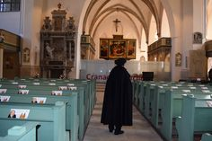 Luther has been up to his time-traveling tricks again this week! This time, he visited Lutherstadt Wittenberg, where he found the Church of St. Mary and was reminded of all the emotional moments he lived through inside its walls, like his marriage and the baptism of all his children. He was so happy to find the amazing altarpiece which was done by Lucas Cranach and his son. Have you ever visited this church?