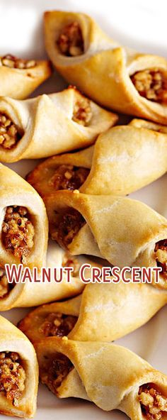 Walnut Crescent Just Desserts, Delicious Desserts, Yummy Food, Baking Recipes, Cookie Recipes, Tapas, Crescent Roll Recipes, Crescent Rolls, Potato Chip Cookies