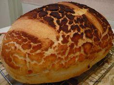 Tigris vekni Hungarian Recipes, Hungarian Food, Bread Recipes, Nom Nom, Bakery, Lime, Cooking, Finger, Creative