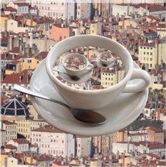 Lyon, France, Cafe, Décor, Format 20x20 cms, Photographie de Lyon,  Maison, Digital, Urbain, Café, Voyage, Café, Trip, Souvenir de la boutique BrysonSymbolDeco sur Etsy