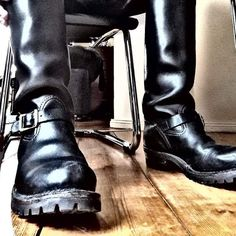 Engineer Boots, Mens Attire, Tall Leather Boots, Kinky, Derby, Oxford, Footwear, Toe, Casual