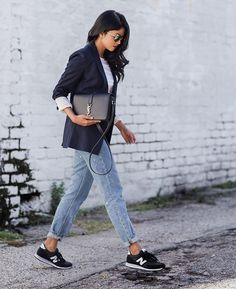 Pin for Later: 33 Outfits Every Petite Woman Should Try A T-Shirt, a Blazer, Boyfriend Jeans, and Sneakers