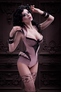 I like the neckline.  corset by Royal Black