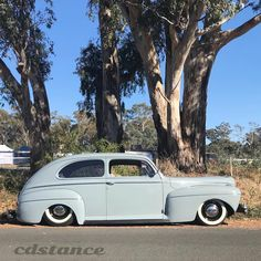 #kustoms #mercury #vintageford #hamb #airbagged #whitewalls Sedans, Kustom, White Walls, Mercury, Ford, Vintage, Instagram, Off White Walls, Limo