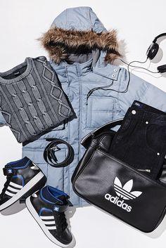 Gerade erst im Leben im schon voll im Trend! Die adidas Originals Sneaker sind megasüß und passen perfekt zum Streetlook mit Jeans und Strickpulli. Die adidas Originalstasche wird zur lässigen Kindergartentasche.