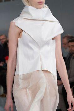 Maison Margiela at Couture Spring 2016 (Details)