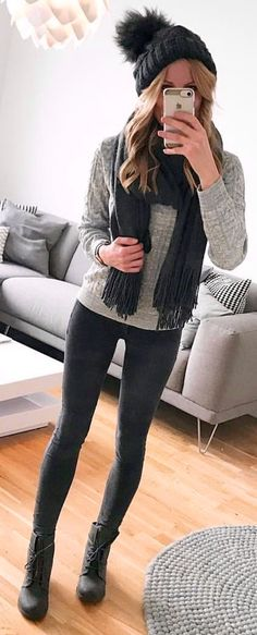 1c93bd03702b76 Woman in black scarf and grey sweater. Haare Und Beauty