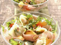 Salade de ravioles - melon -jambon - roquette