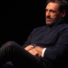 """Some [students] surprise you, but most don't. It's a crazy, crazy soup that high school is."" #JonHamm reflecting on his teaching experience at John Burroughs School, which sounds like a really great place, at #SFSketchfest. Jon, I couldn't agree with you more. @sf_sketchfest 📸: @tlwiseone #teacher #teachersfollowteachers #teaching #teachersofig #teacherlife #teachersrock"