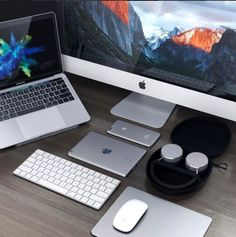 Satechi Aluminum Mouse Pad and Aluminum Headphones Best Macbook, Macbook Pro, Laptop Screen Repair, Macbook Desktop, Macbook Wallpaper, Laptop Storage, Laptops For Sale, Laptop Stand, Desk Setup
