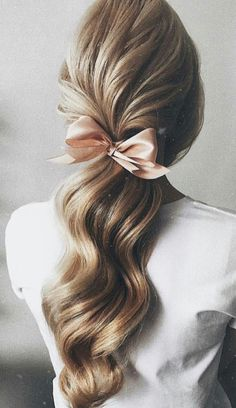 24 Prom Hair Styles To Look Amazing, Hair makeup Unless you have been living under a rock I am sure you are well aware the hair scrunchie trend is back. When I first got my hands on a scr. Hair Inspo, Hair Inspiration, Coiffure Hair, Evening Hairstyles, Good Hair Day, Pretty Hairstyles, Chic Hairstyles, Ponytail Hairstyles, Romantic Hairstyles