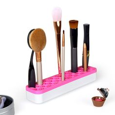 Silicone Makeup brush Organizer Cosmetic Storage Box Magic Makeup Tool Specifications: 100% brand new and high quality A silicone base keeps items upright and