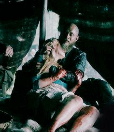 Vikings History- Ragnar and Lagertha mourn the loss of Lagertha's baby
