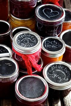 DIY Chalkboard Jar Labels, genius!