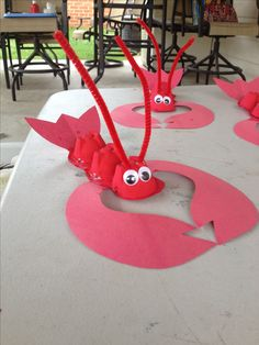 The kids love lobsters for a sea craft.